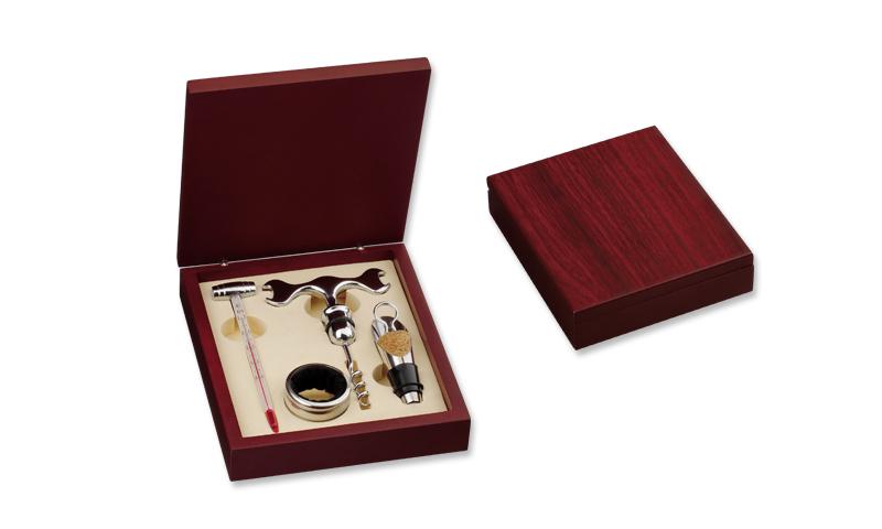 MATTHEW II Branded Four Part Set in Wooden Gift Box