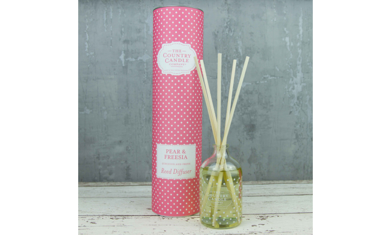 Country Candle Pear & Freesia Polka Dot Reed Diffuser