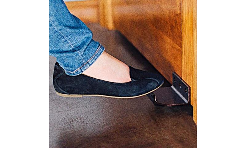 Protective Steel Door Foot Puller